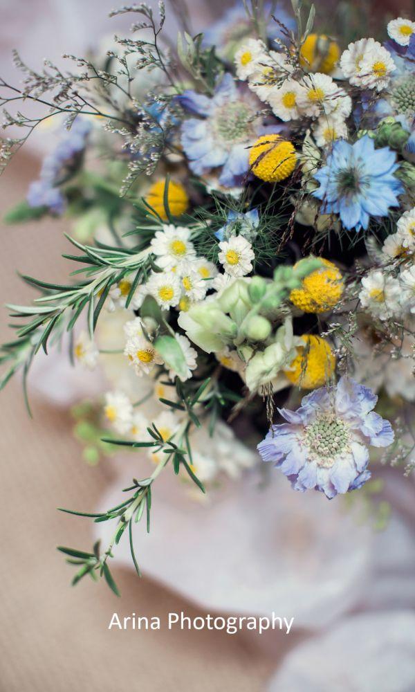 flowers-1600-cr-5CB0EAAB1-FA87-3F32-381E-609EE3C6C979.jpeg